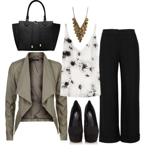 Triangle Outfit
